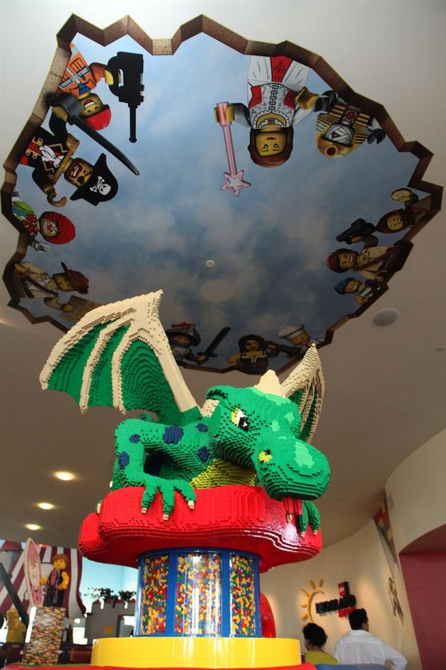 Legoland-Hotel-in-Carlsbad-California-2