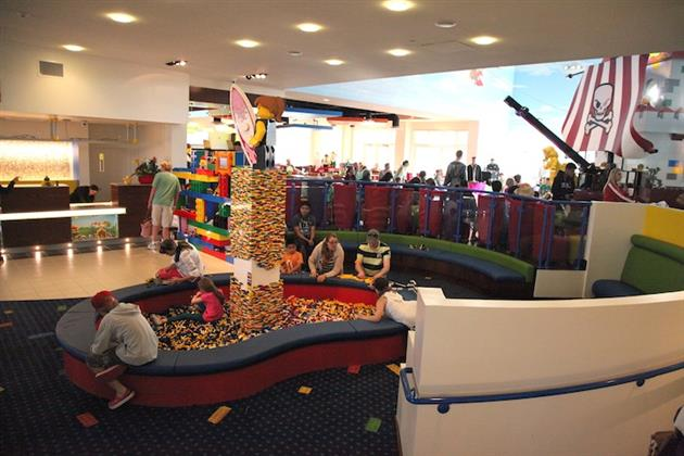 Legoland-Hotel-in-Carlsbad-California-9
