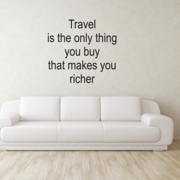 frase travel is